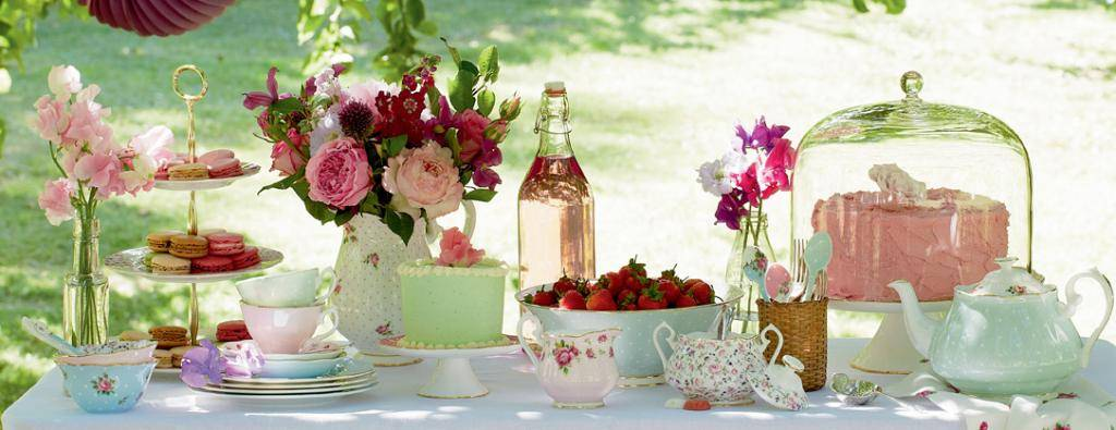 Красота  Garden-teaparty-joy_zps5aba8a8b